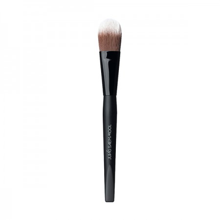 Artist Brush Foundation